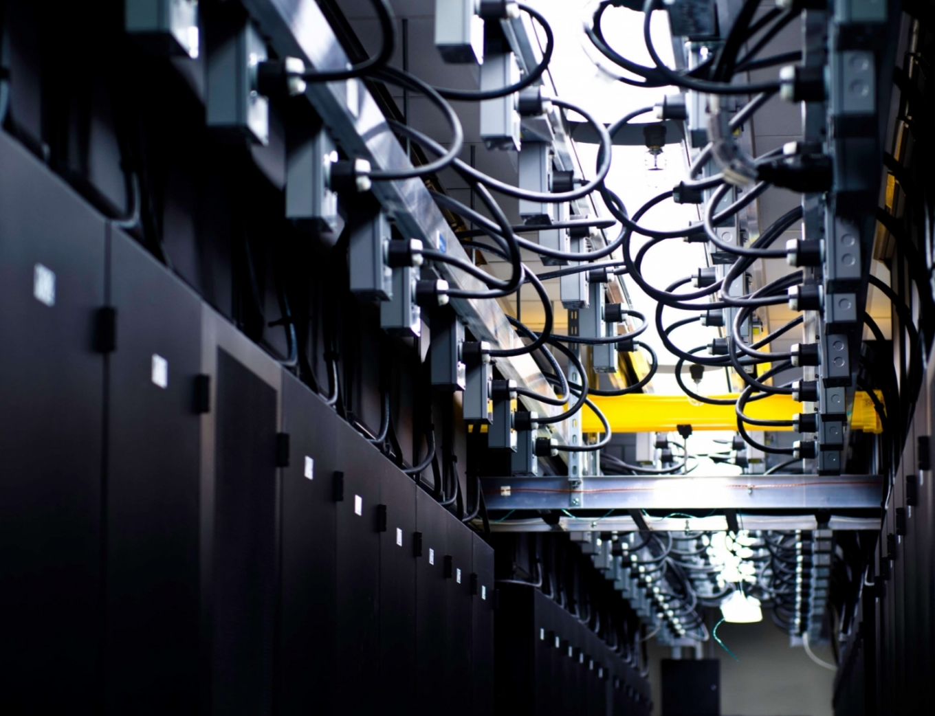 freepoint technologies blog header image database servers wires tangled yellow bar